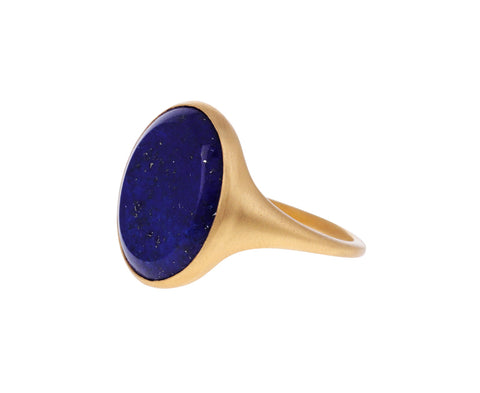 Light Ovale Lapis Signet Ring