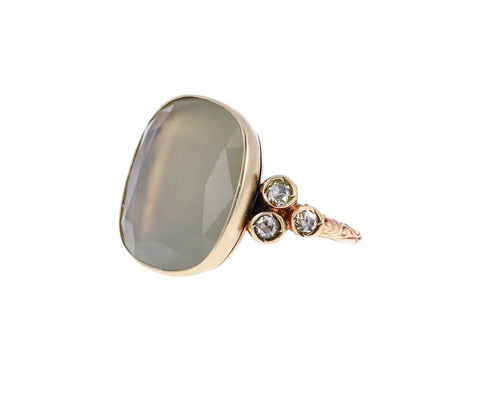 Green Moonstone and Yellow Diamond Beauty Carre Ring