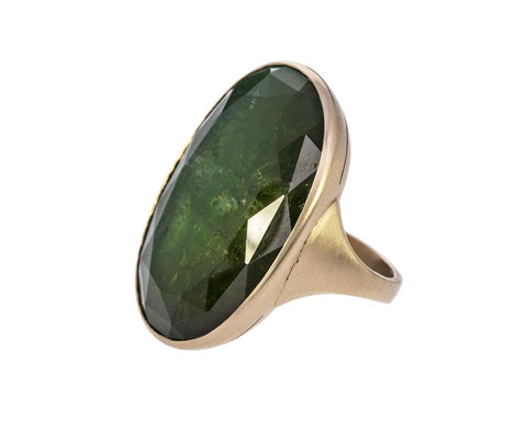 Green Tourmaline Arthur Ring zoom 1_anaconda_gold_green_tourmaline_arthur_ring