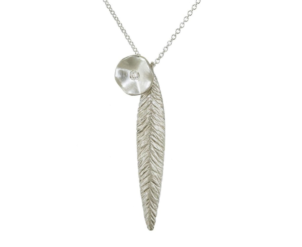 Seed Leaf and Charm Necklace - TWISTonline