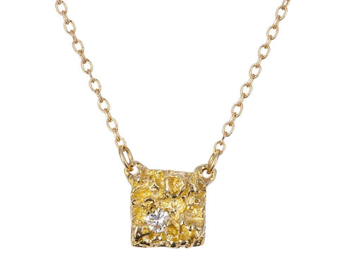 Chryseum Square Pendant Necklace - TWISTonline