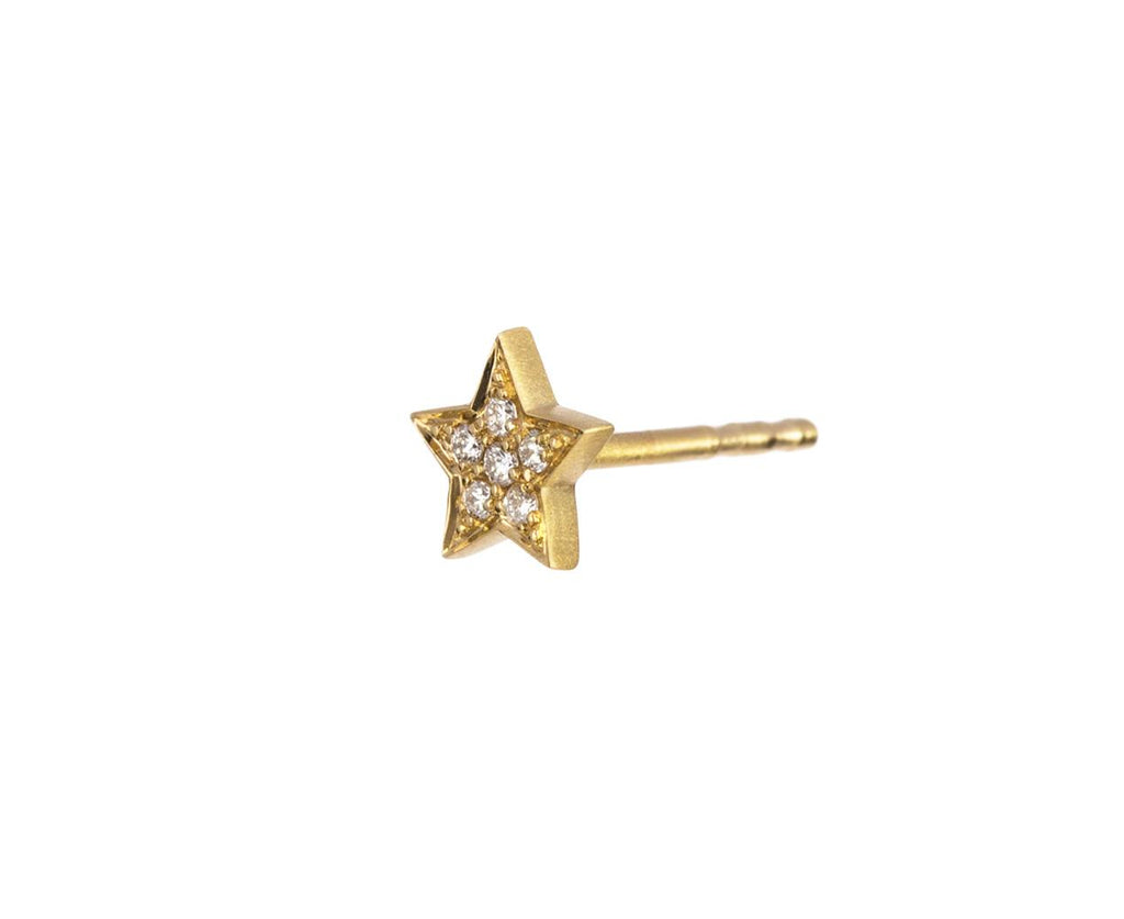SINGLE Diamond Etoile Earring zoom 2_sophie_bille_brahe_gold_diamond_star_earring