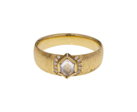 Artemis Engraved Diamond Halo Ring - TWISTonline