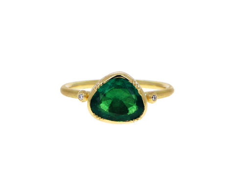 Emerald Dewdrop Ring