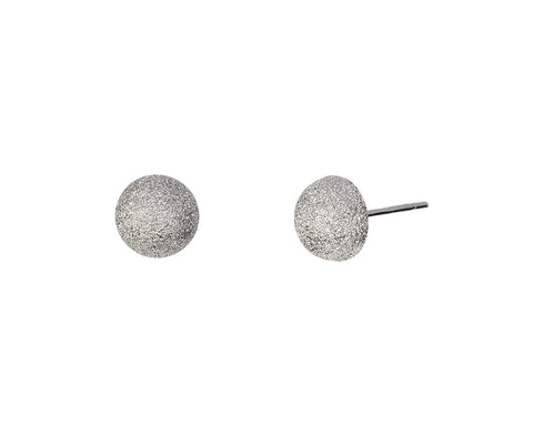 Small Florentine Posts Earrings zoom 1_carolina_bucci_white_gold_florentine_dome_earrin