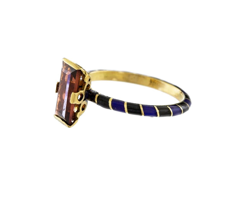 Memphis Candy Baguette Ring with Garnet - TWISTonline