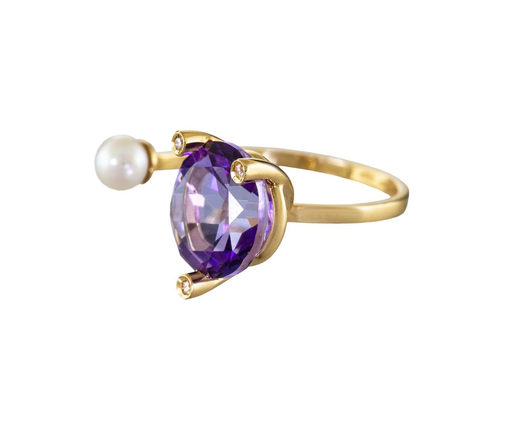 Purple Topaz MagicTriangle Ring with Pearl and Diamonds - TWISTonline