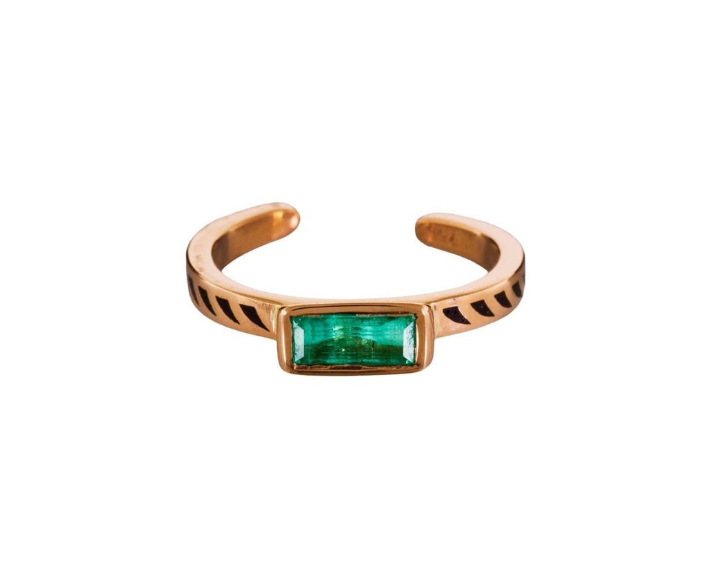 Emerald and Black Enamel Jali Shark Fin Cuff Ring - TWISTonline