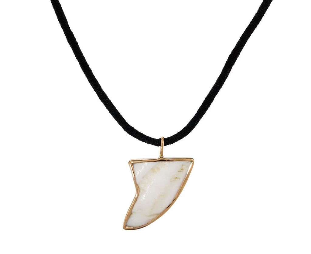 White Shell Shark Fin Charm Pendant - TWISTonline