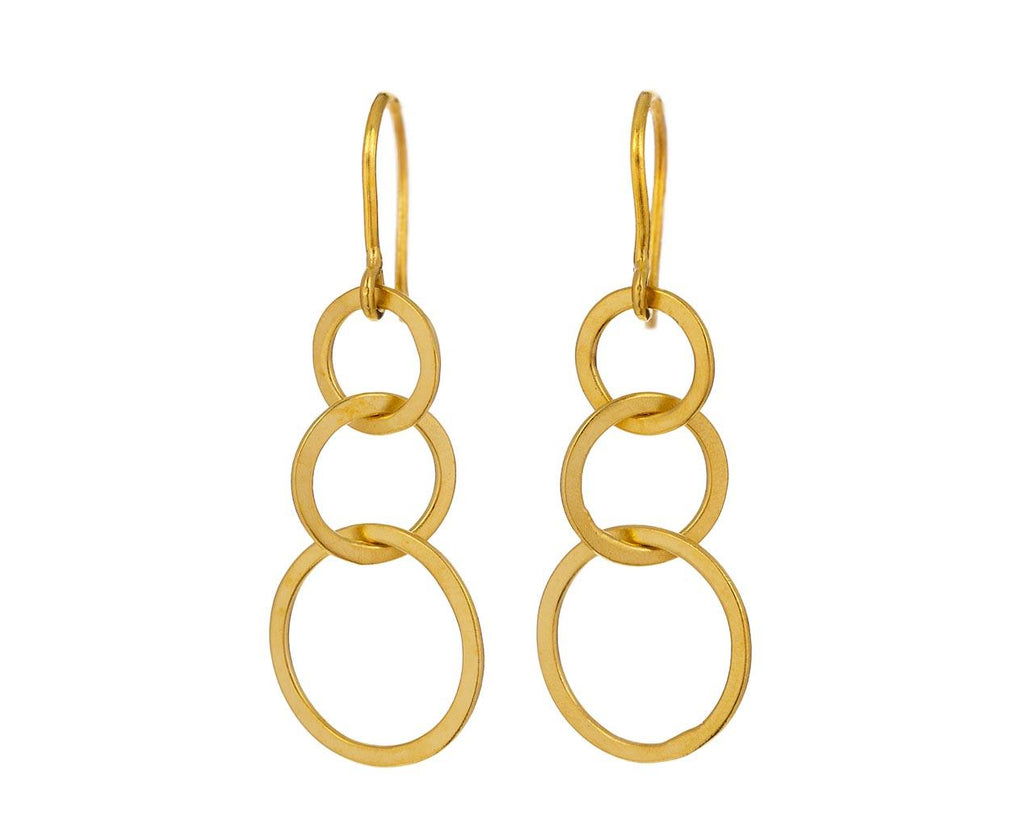 Graduated Gold Link Earrings - TWISTonline