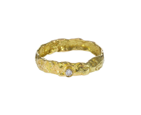 Floating in the Dark Diamond Ring zoom 1_emanuela_duca_gold_diamond_floating_in_the_dark_