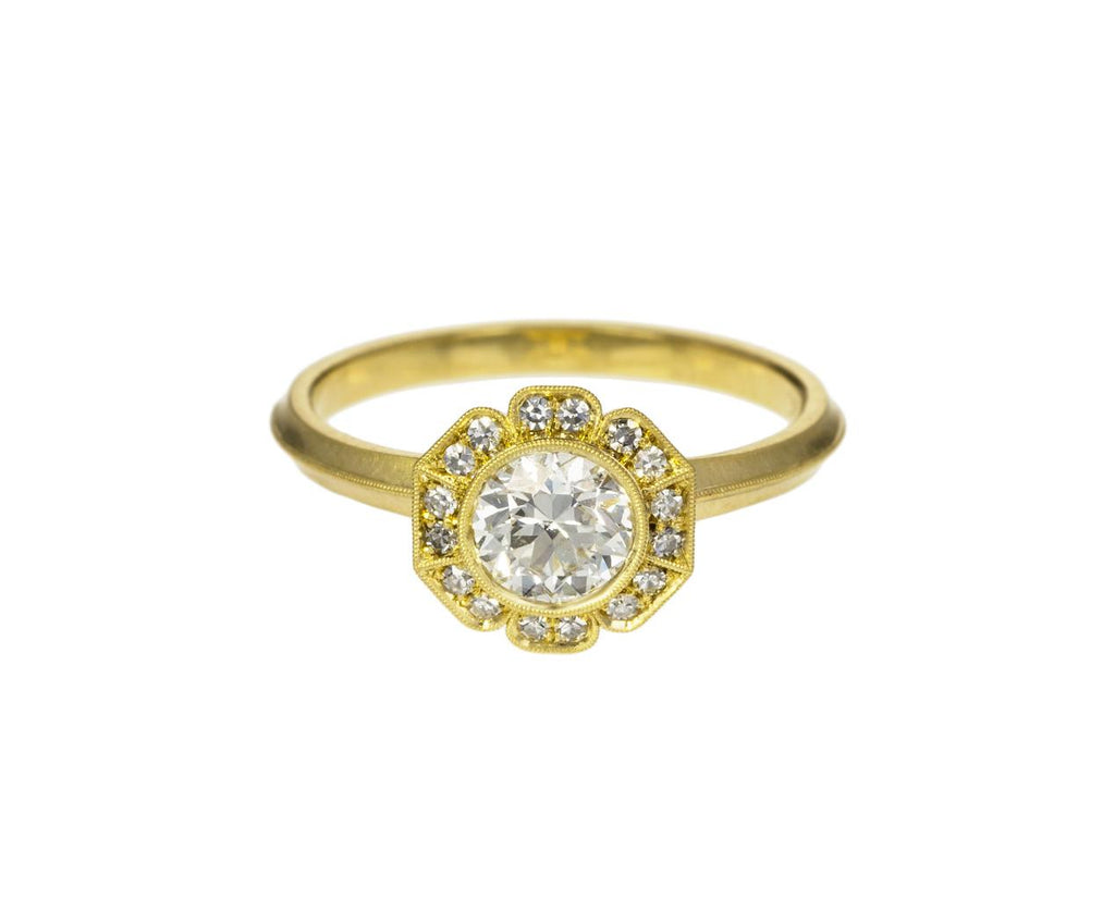 Caroline Diamond Halo Solitaire zoom 1_erika_winter_gold_diamond_caroline_halo_ring