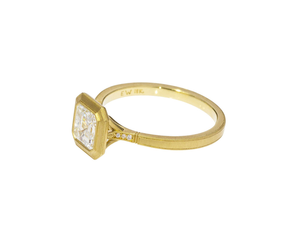 Mariana Diamond Solitaire - TWISTonline