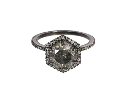 Gray Diamond Premier Solitaire zoom 1_eva_fehren_gold_gray_premier_diamond_ring