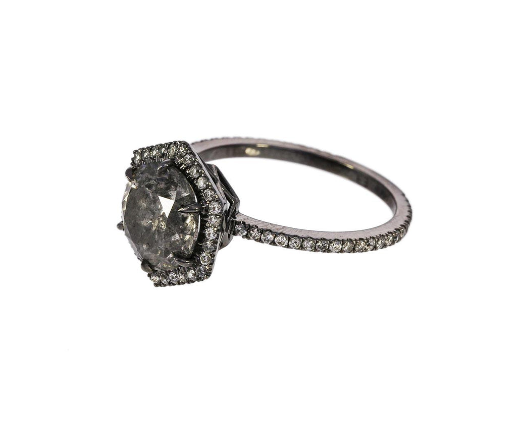 Gray Diamond Premier Solitaire zoom 2_eva_fehren_gold_gray_premier_diamond_ring