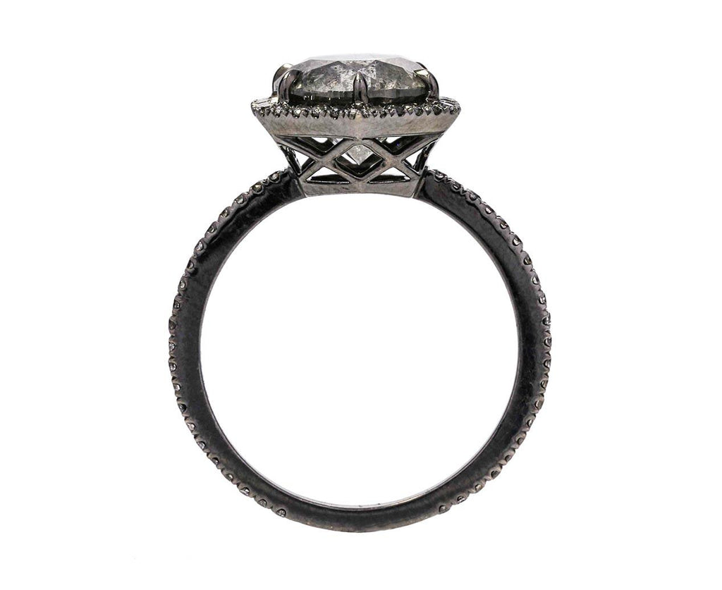 Gray Diamond Premier Solitaire zoom 3_eva_fehren_gold_gray_premier_diamond_ring