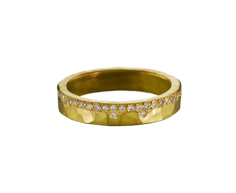 Diamond Edged Flat Band - TWISTonline