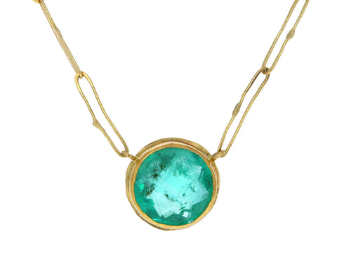Round Colombian Emerald Echo Necklace