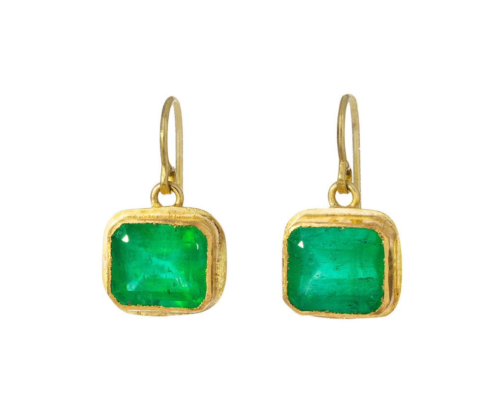 Stunning Emerald Earrings - TWISTonline