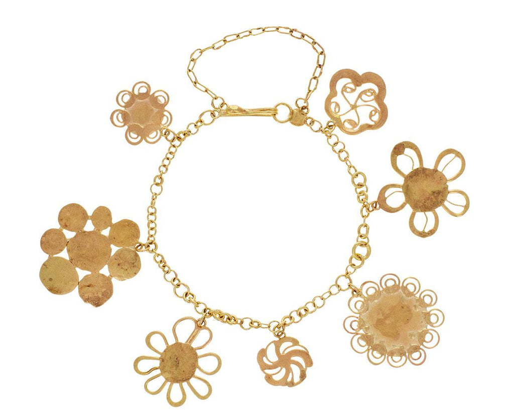 Lovely Flower Charm Bracelet - TWISTonline