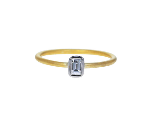 Veta Baguette Diamond Solitaire - TWISTonline