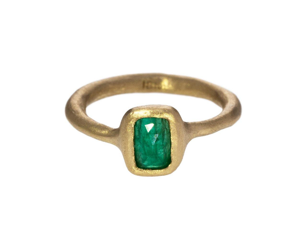 Rectangle Emerald Ring - TWISTonline