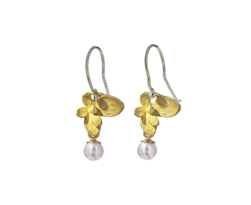 Gold Hydrangea and Pink Akoya Pearl Earrings - TWISTonline