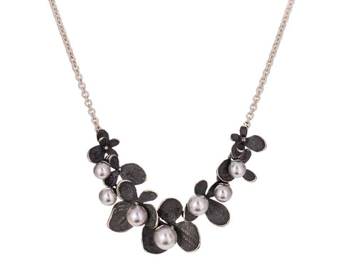 Gray Pearl Hydrangea Necklace - TWISTonline