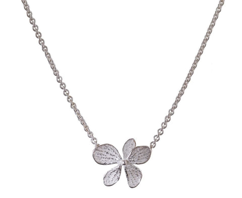 Single Hydrangea Pendant Necklace - TWISTonline