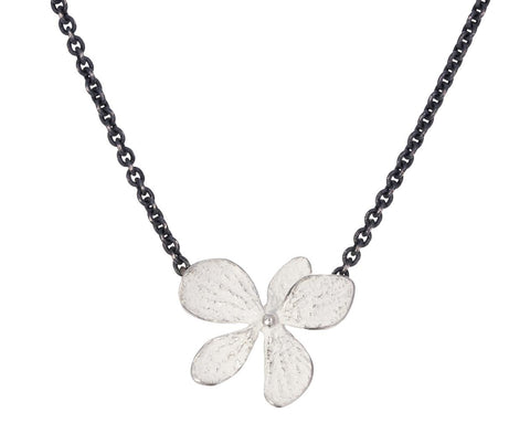 Hydrangea Flower Pendant Necklace - TWISTonline