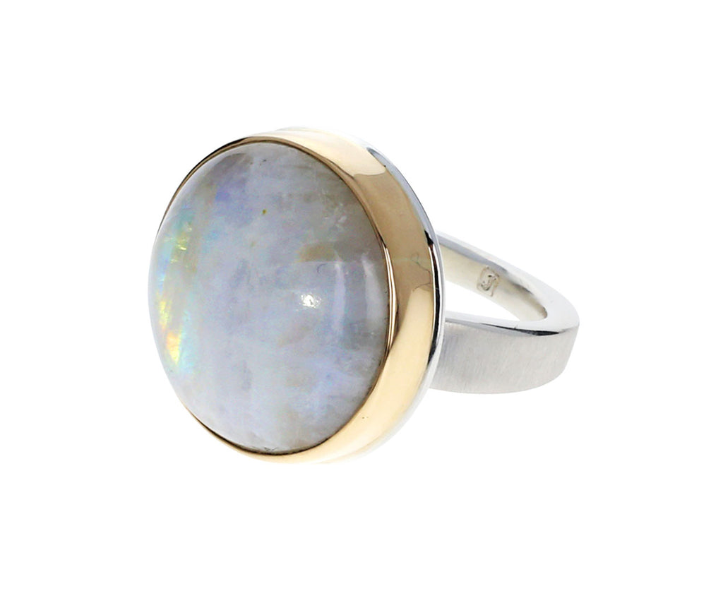 Round White Moonstone Ring - TWISTonline