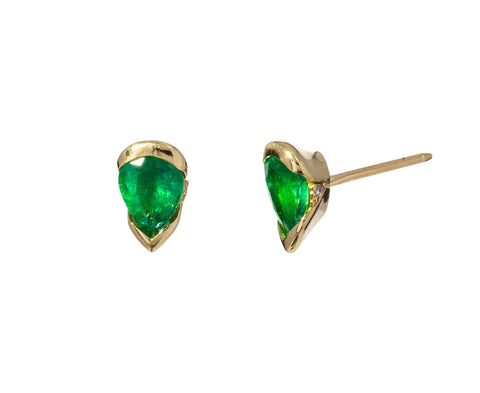 Medium Bloom Emerald Studs - TWISTonline