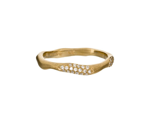 Gold Wavy Band with Diamond Pavé Double Stations - TWISTonline
