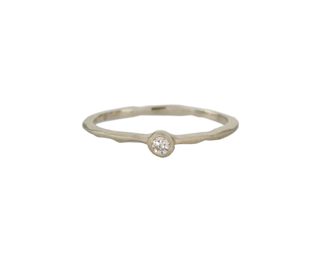 White Gold Solitaire Band - TWISTonline