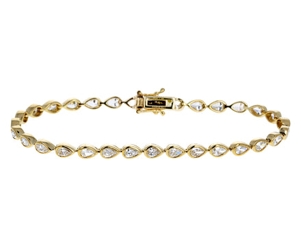 Pear Shaped Diamond Bracelet - TWISTonline