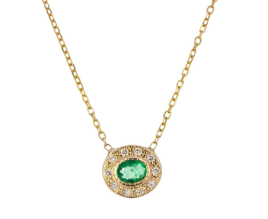 Emerald Halo Necklace - TWISTonline