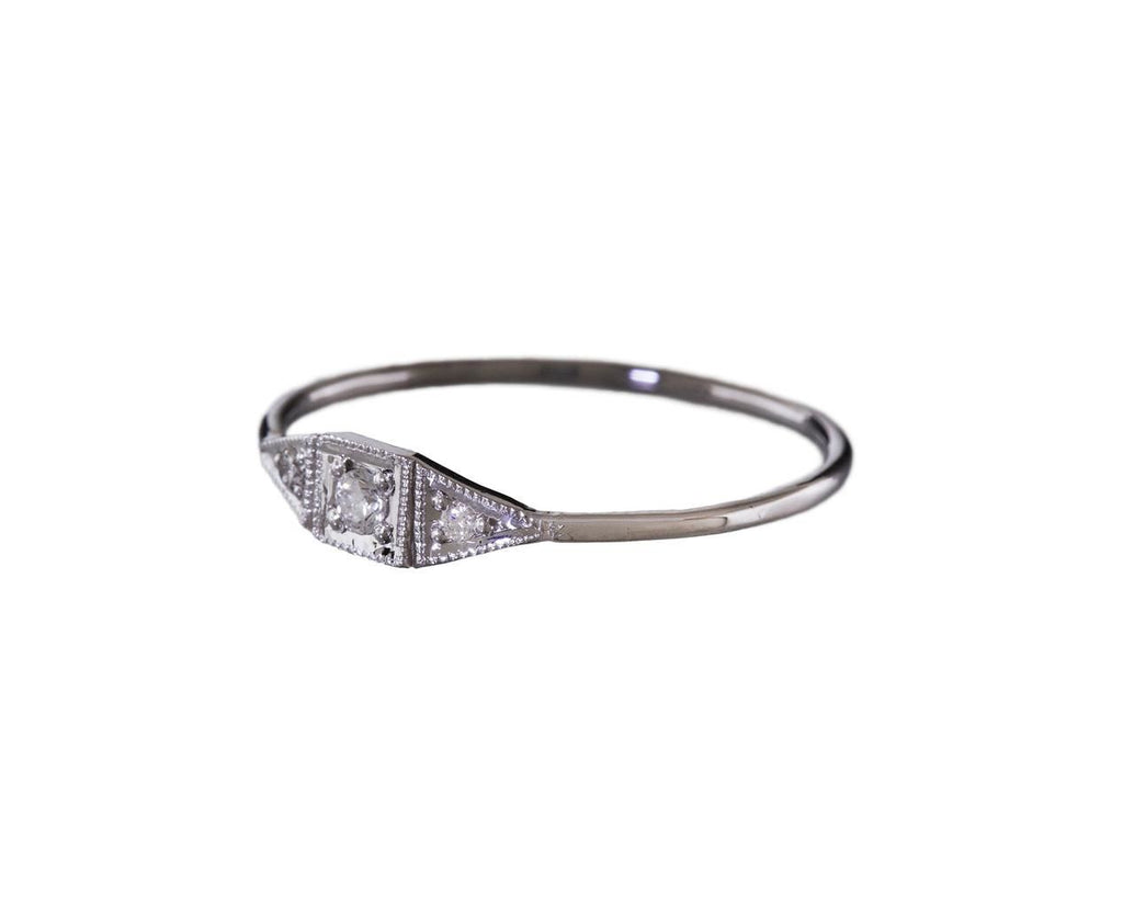 Deco Point Ring - TWISTonline