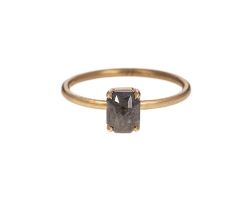 Black-Gray Diamond Stacking Solitaire - TWISTonline