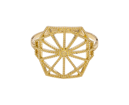 Lace Deco Shield Ring - TWISTonline