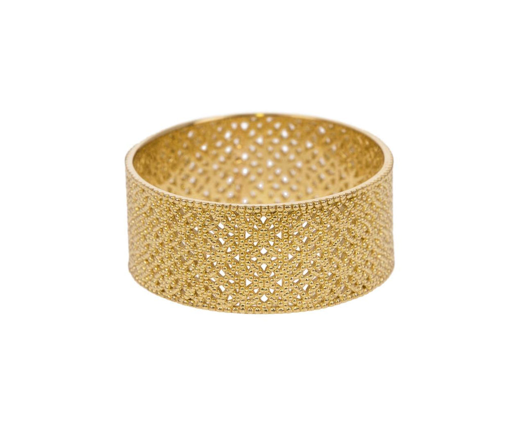 Widest Straight Lace Band zoom 1_grace_lee_gold_straight_lace_ring