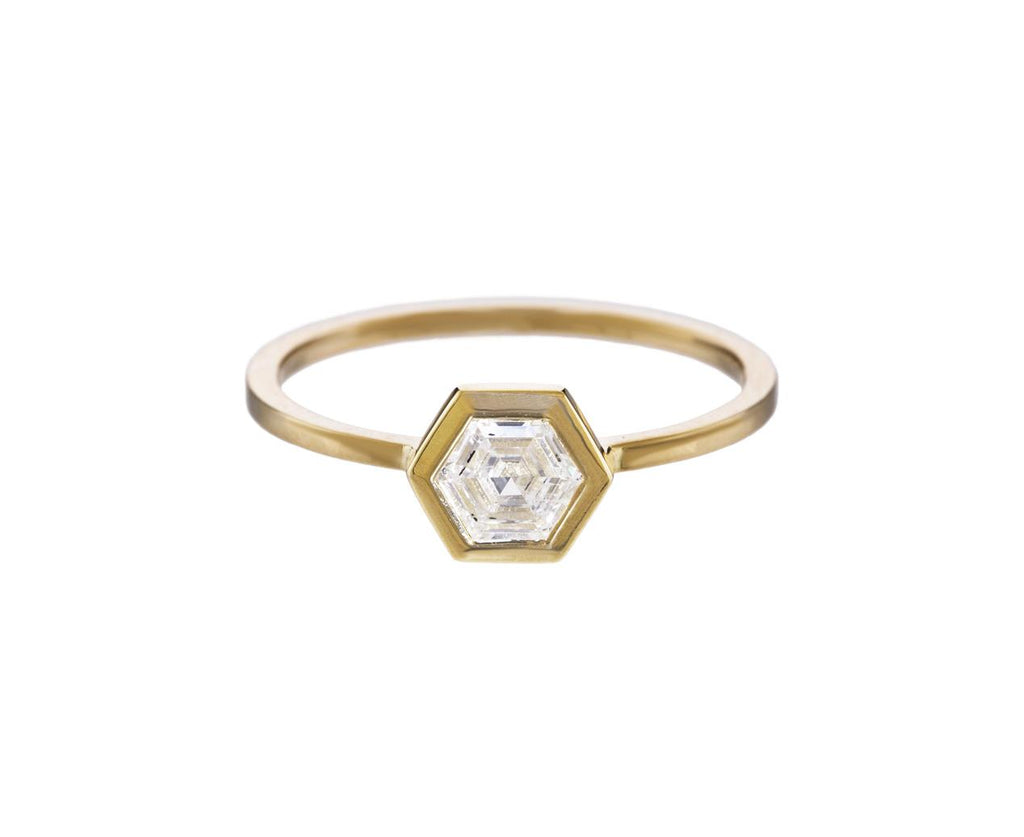 Hexagonal Step Cut Diamond Solitaire - TWISTonline