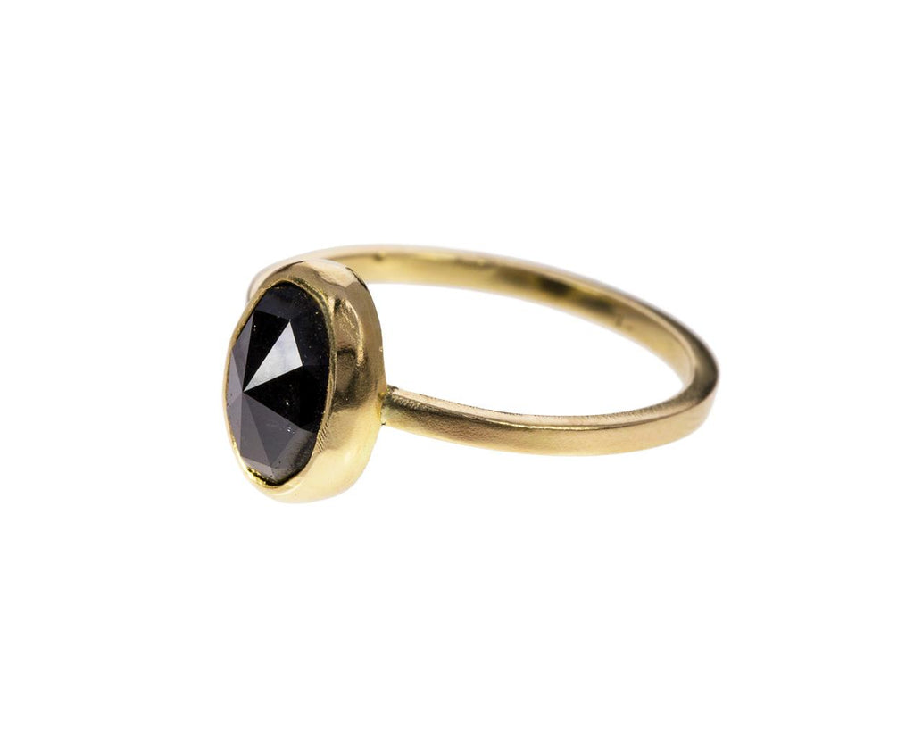 Oval Project Mayhem Black Diamond Solitaire - TWISTonline