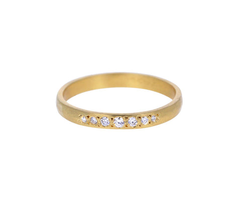 Thin Graduated Diamond Band