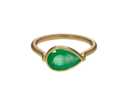 Pear Shaped Emerald Ring - TWISTonline