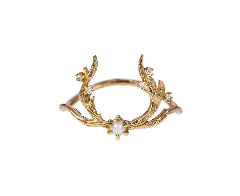 White Guardian Pearl Ring zoom 1_sofia_zakia_gold_pearl_guardian_ring