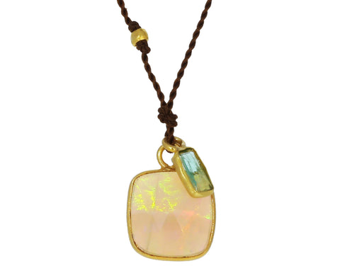 Opal and Emerald Necklace - TWISTonline