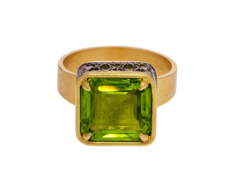 Large Peridot Ring - TWISTonline