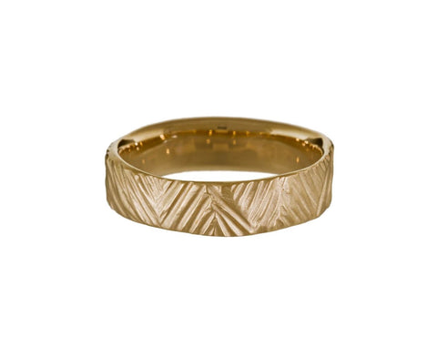Men's Carved Triangle Line Ring - TWISTonline