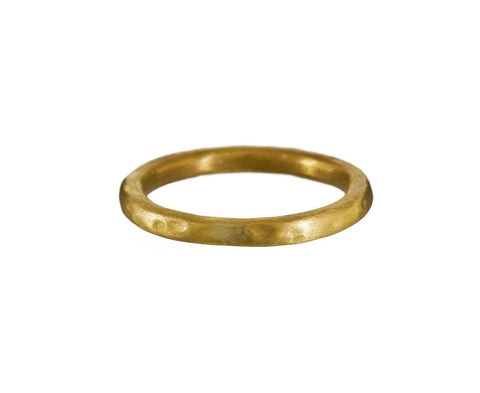 Hammered Gold Band - TWISTonline