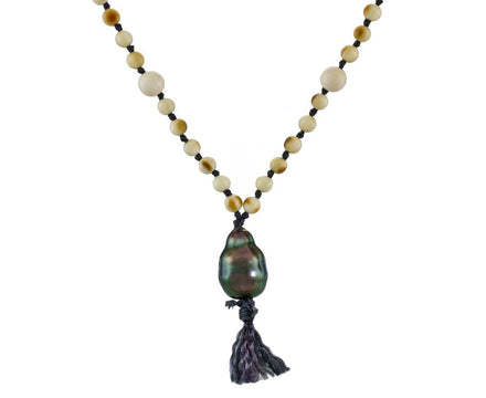White Horn and Tahitian Pearl Necklace - TWISTonline